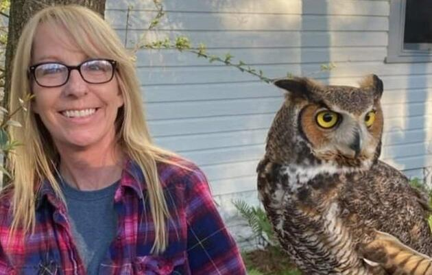 Sue Hills, CVT, Raptor Rehabilitation Technician