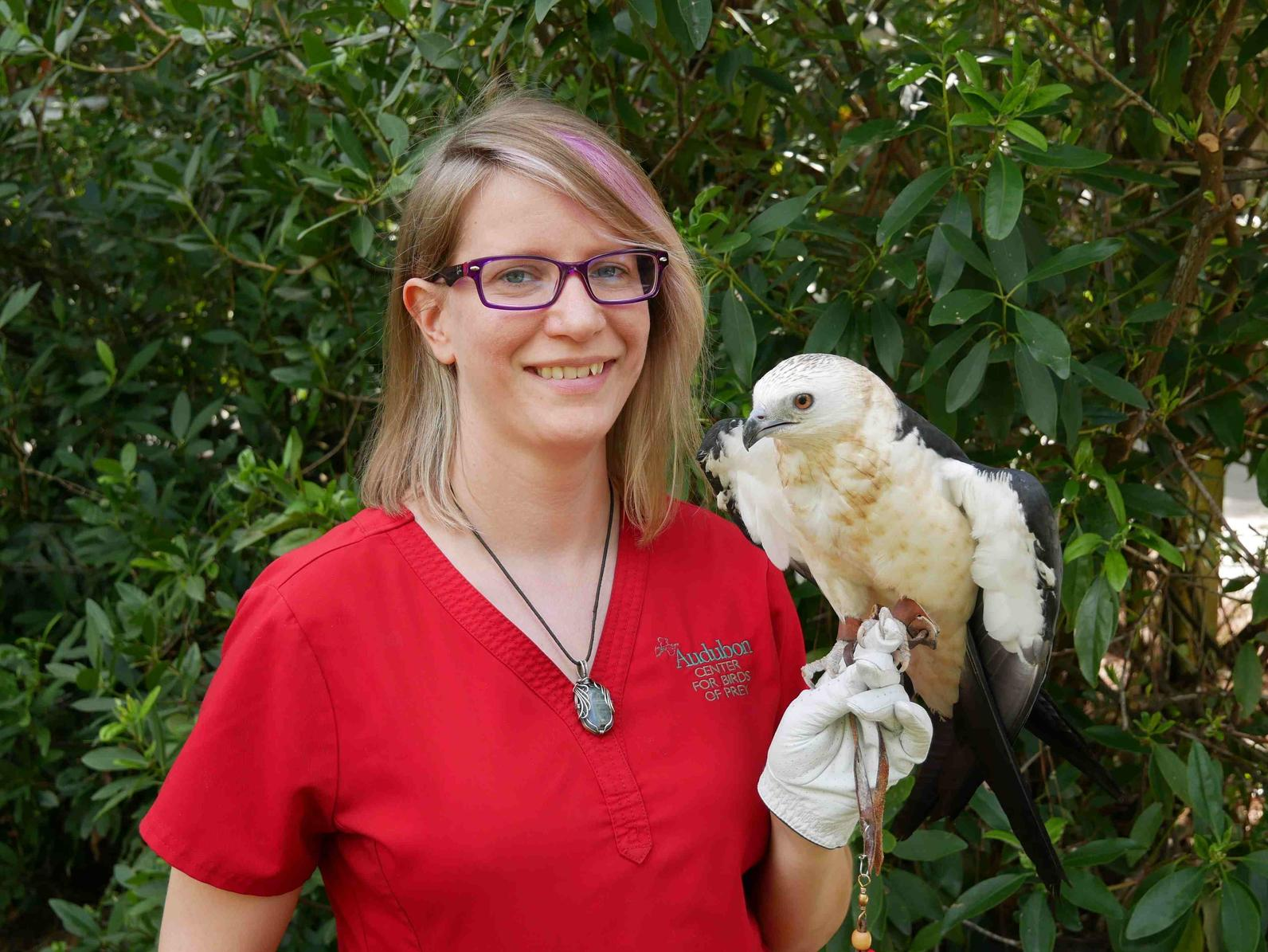 Photo of Samantha with Swallow-tailed Kite Gretel
